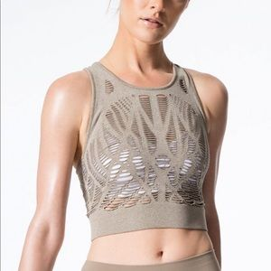 ALO Yoga Vixen Fitted Crop Top - S